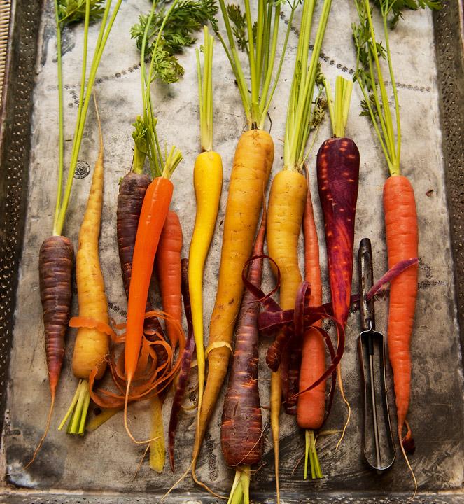 Zanahorias Hortaliza Saludable Y Versatil Las zanahorias son vegetales saludables y deliciosos tanto crudas, como cocinadas. zanahorias hortaliza saludable y versatil