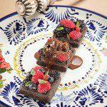 Tamal-dulce-con-ganache-de-chocolate-de-metate-y-sal-de-chinicuil