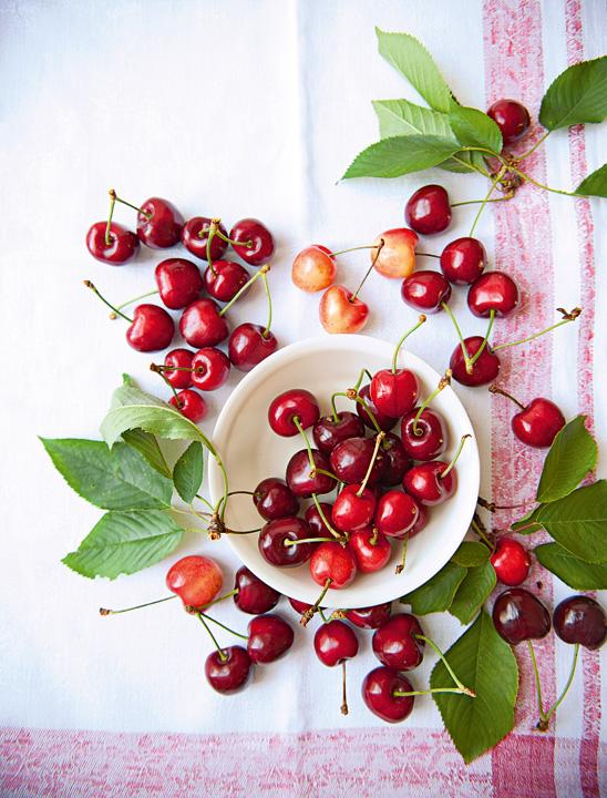 Cerezas, frutas en temporada