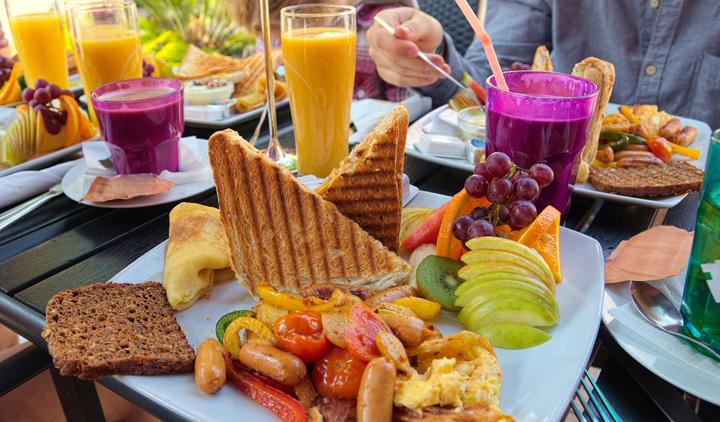 La hora del brunch: ¿qué es y con qué se come?