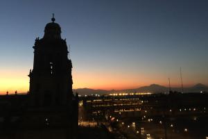 Saborea desde lo alto en Balcón del Zócalo