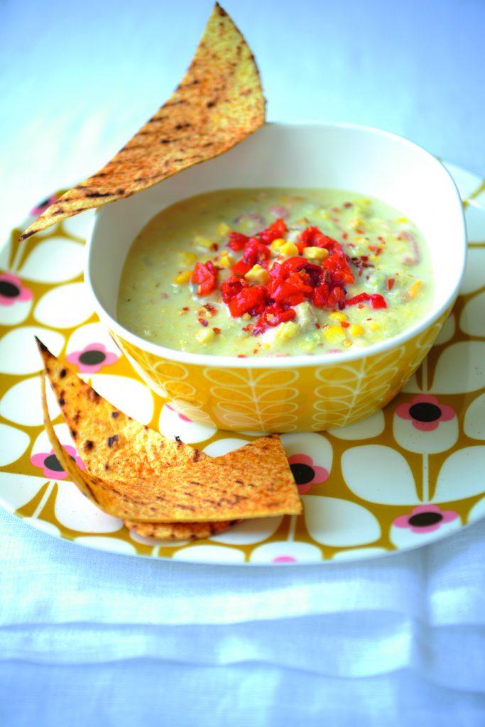 Sopa de maíz y mariscos