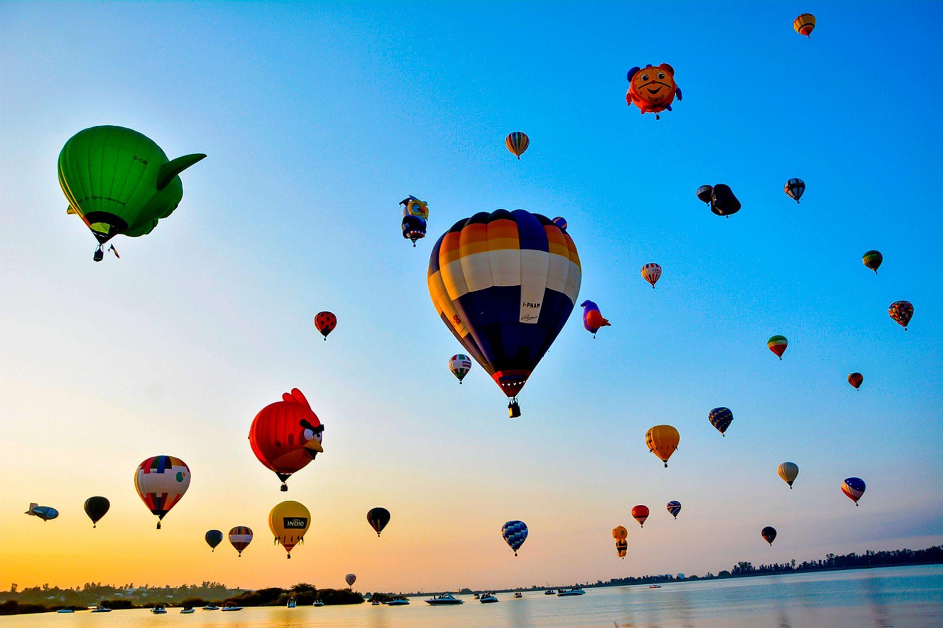Surca el cielo en el Festival Internacional del Globo