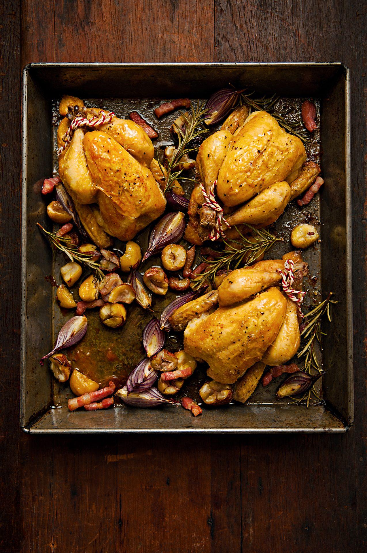 Pollo lechal relleno con castañas