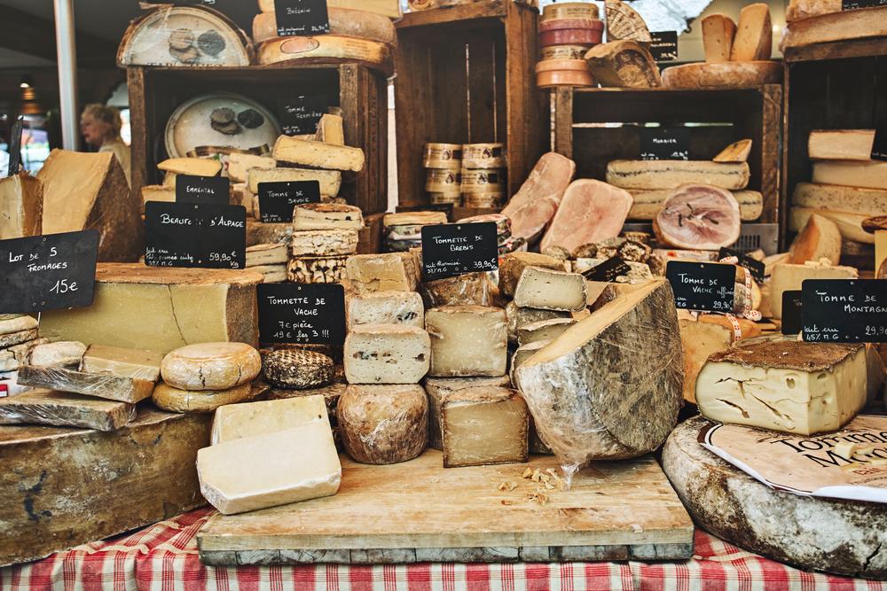 La pareja del año: quesos franceses y pan mexicano