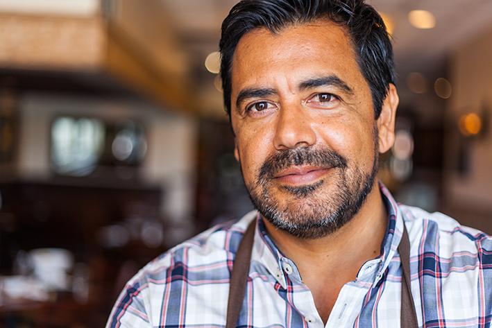Javier Plascencia rompe fronteras con Bracero