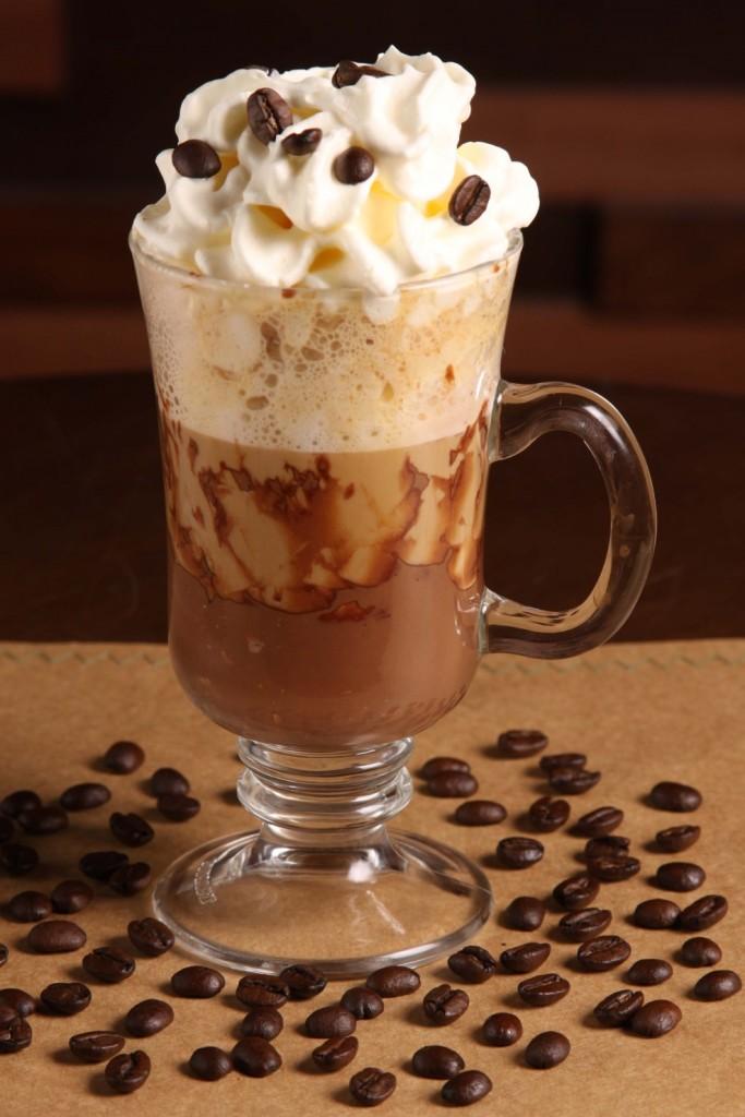 Café con crema de avellana