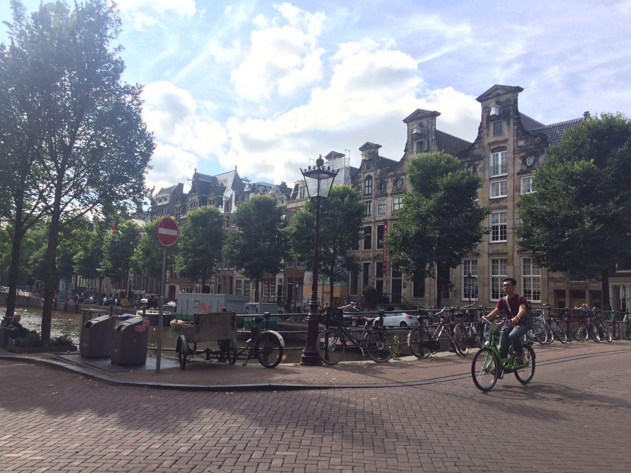 KLM te invita a que viajen Tú y Tu Bici
