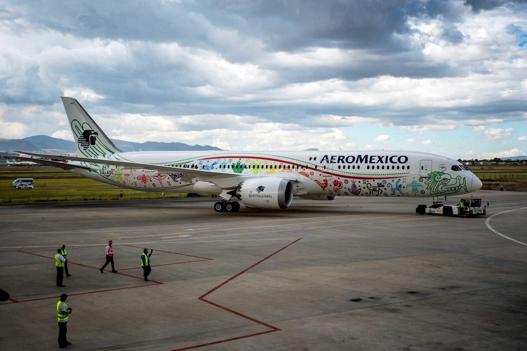 ¡Aterrizó Quetzalcóatl!, el nuevo avión de Aeroméxico