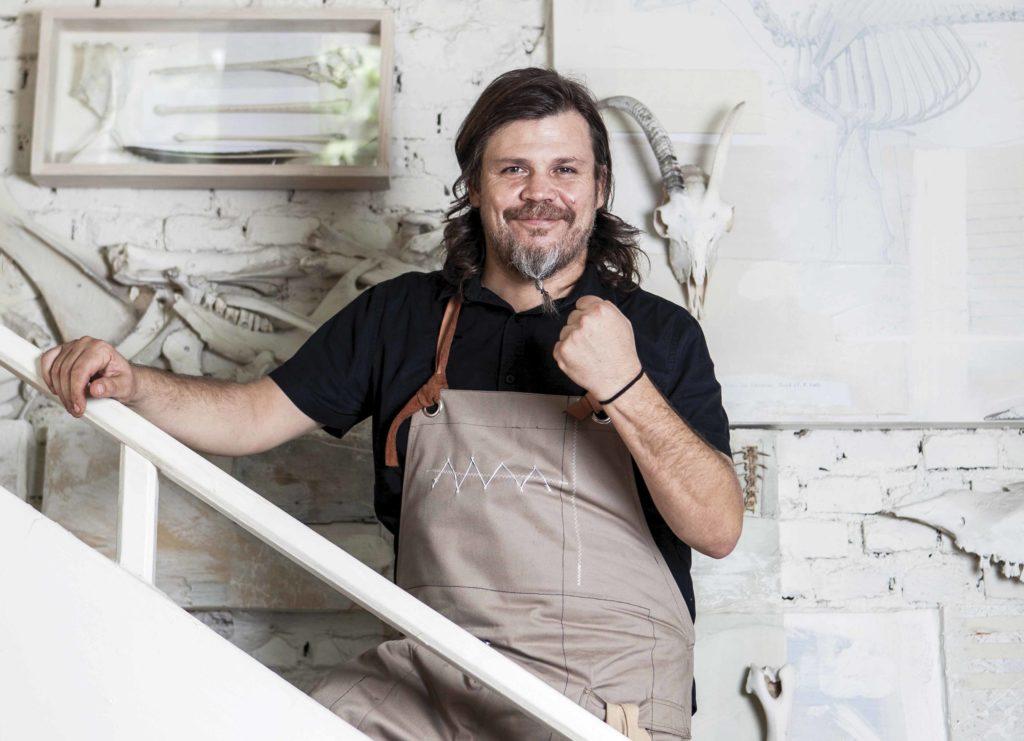 Alfonso Cadena, lienzo culinario