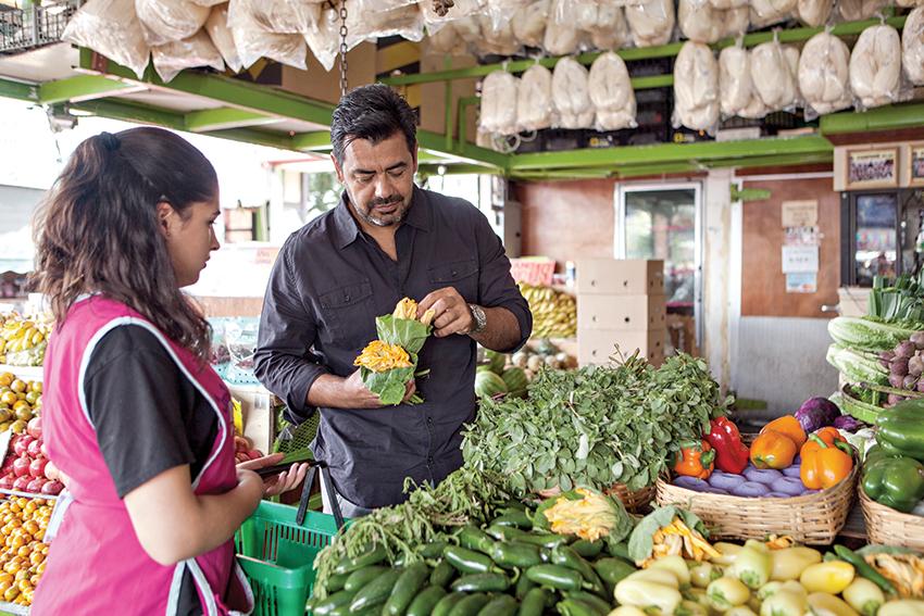 VIDEO: Tras los pasos del chef Javier Plascencia