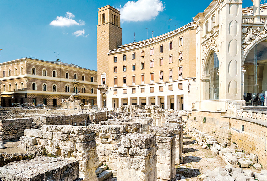 Lecce, tesoro entre murallas