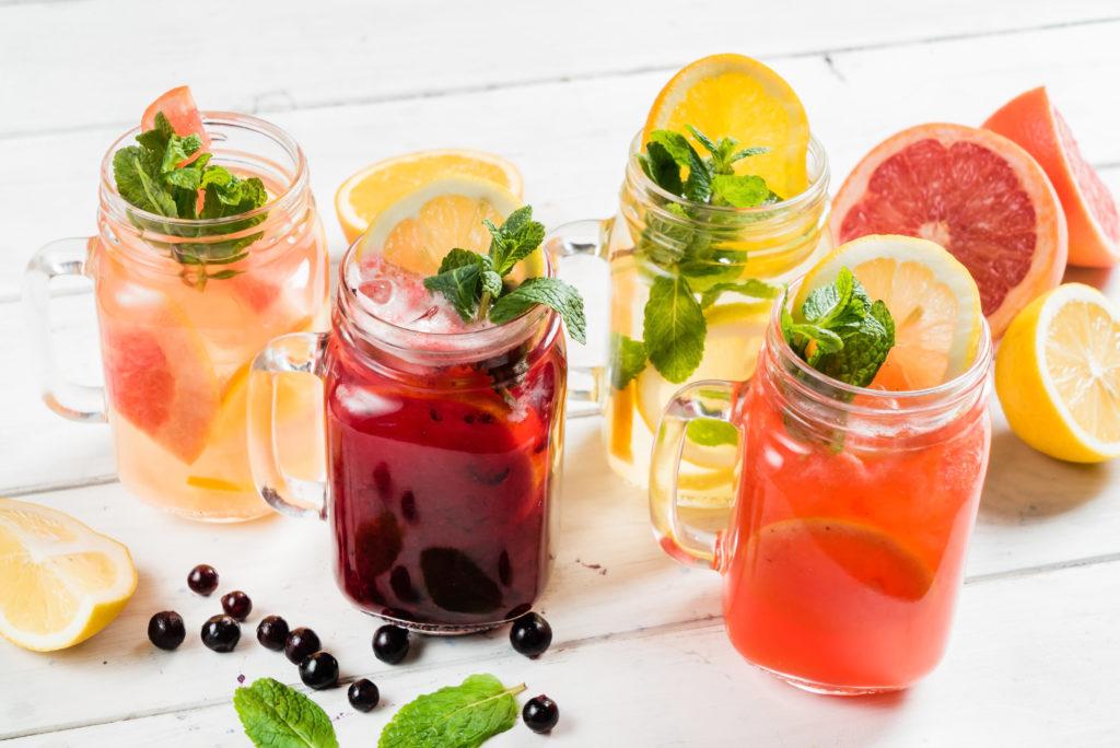 Bebidas refrescantes de primavera