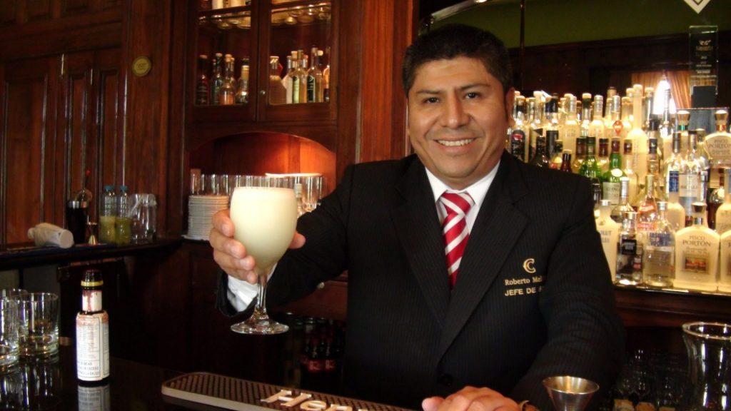 Roberto Meléndez y la exaltación del pisco peruano