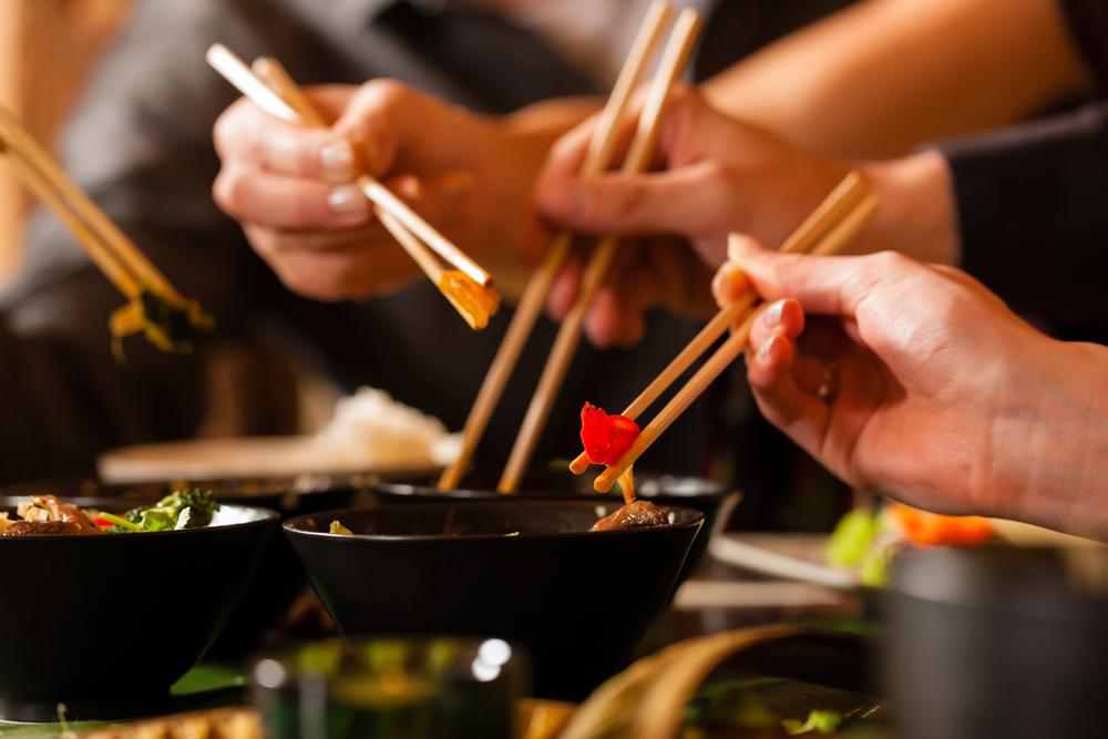 Palillos chinos: saboreando la gastronomía oriental