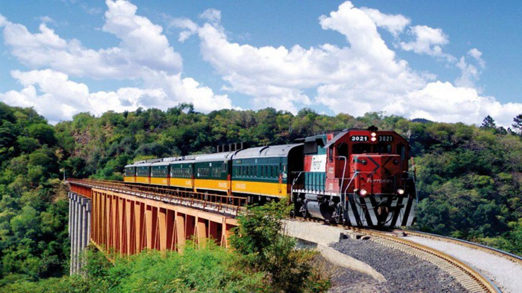 Viajes en tren en México