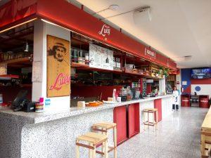 Variedad gastronómica en Mercado Roma Coyoacán