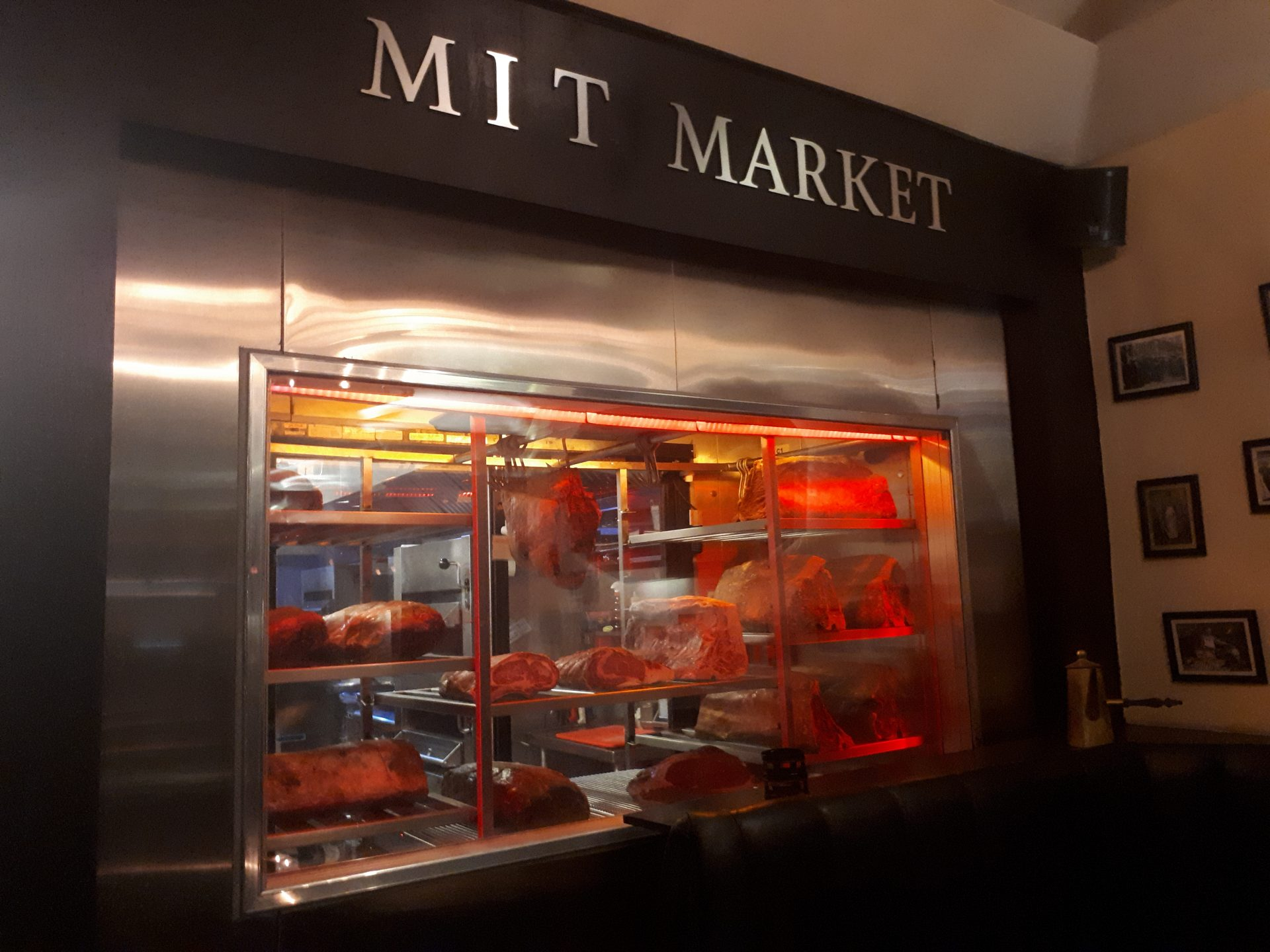 MIT Steak Bar, una propuesta para carnívoros