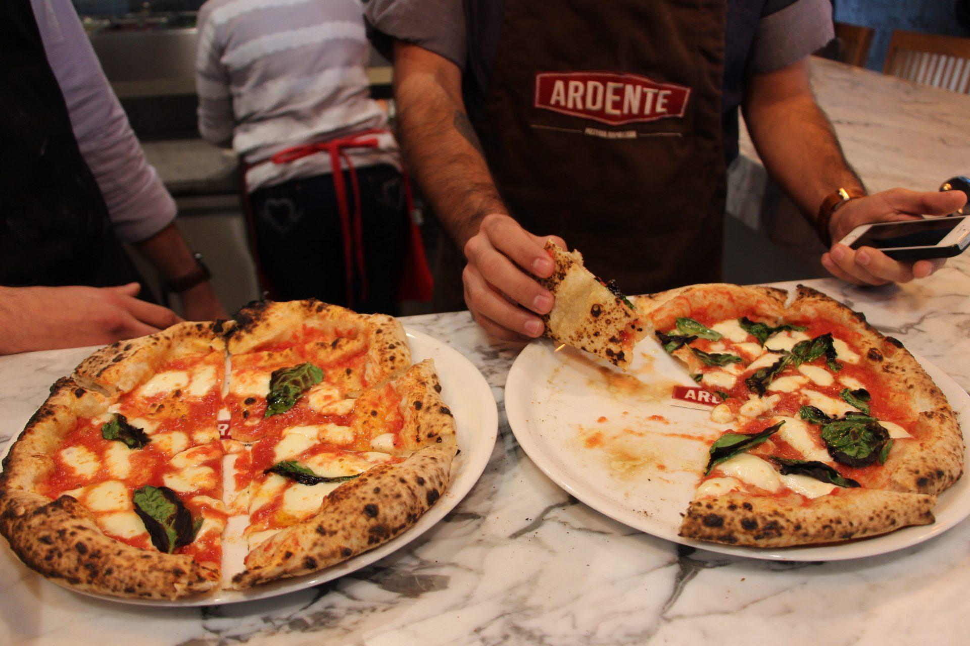 Pizzas desde Nápoles en Ardente