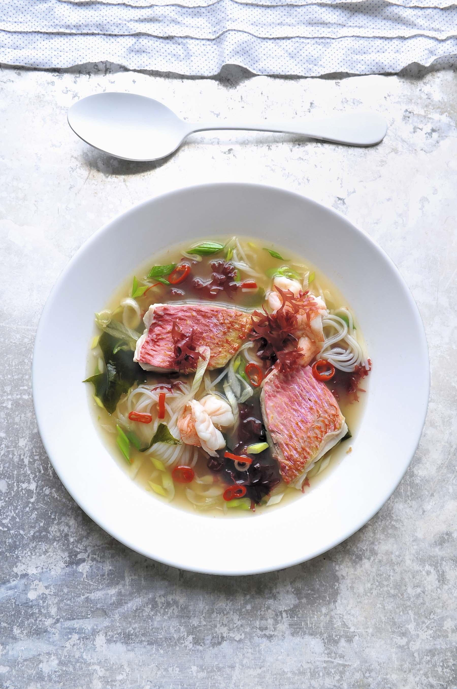 Sopa de salmonete