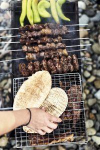 Adana kebab con pan pita