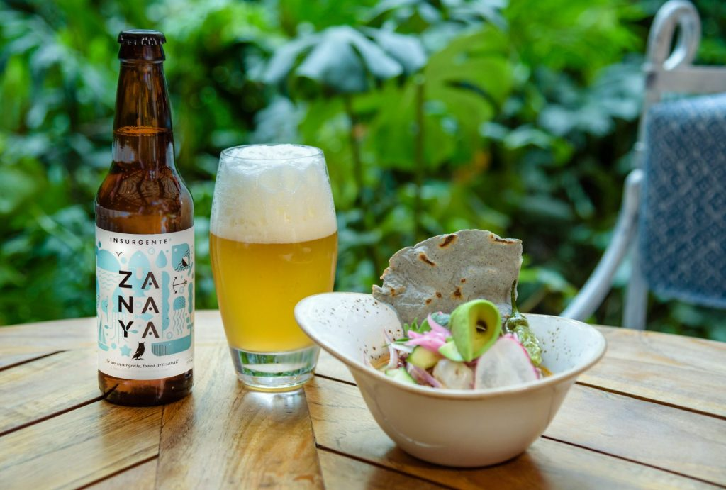 Zanaya e Insurgente: alianza cervecera