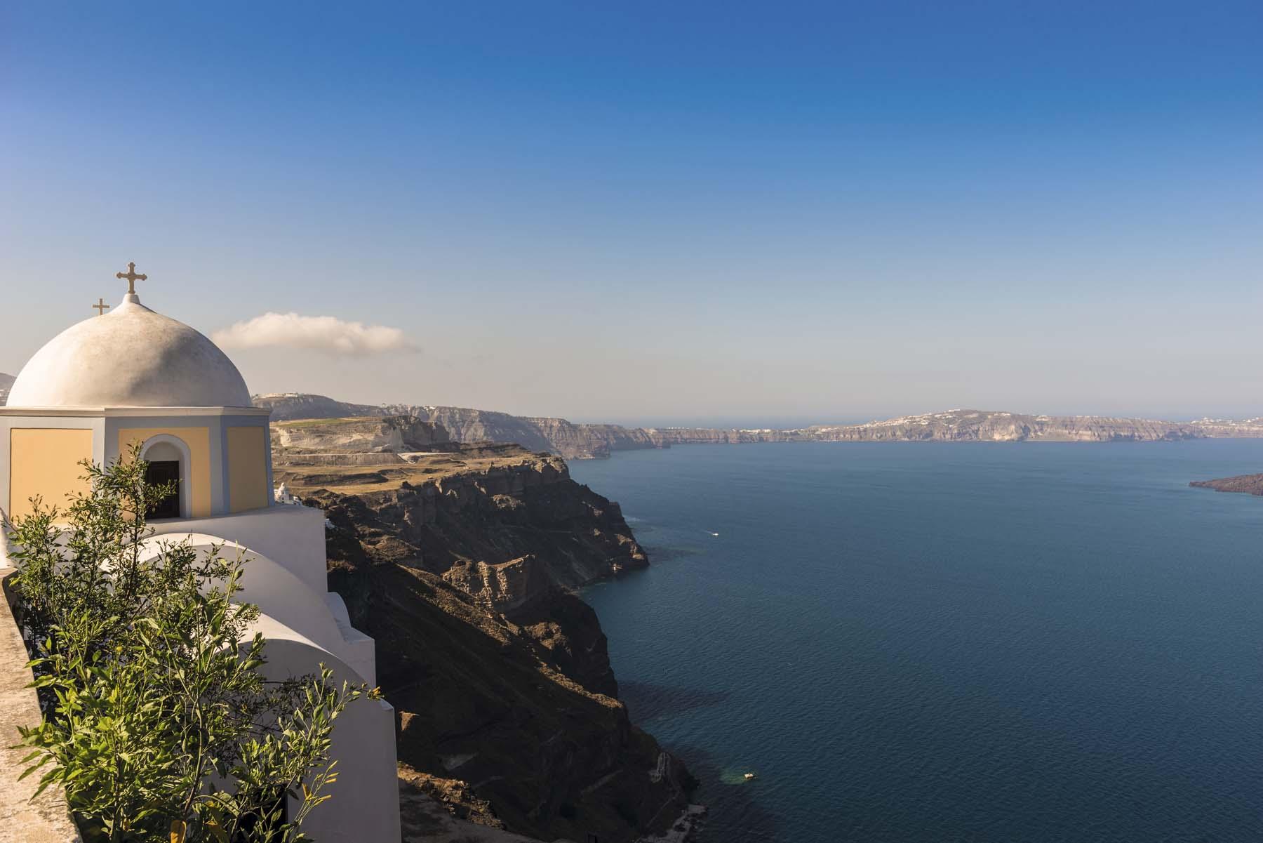 Santorini: entre la roca y el mar