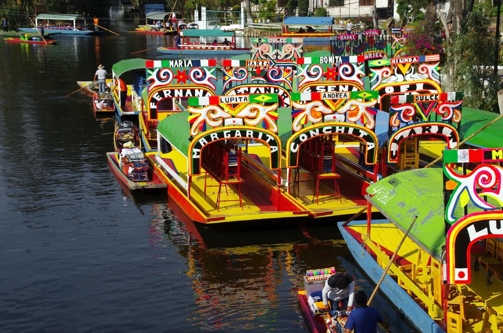 Disfruta del festival ¡Viva México en Xochimilco!