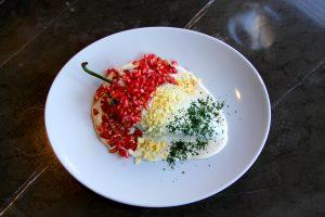 Chiles en nogada y más delicias en Carolo