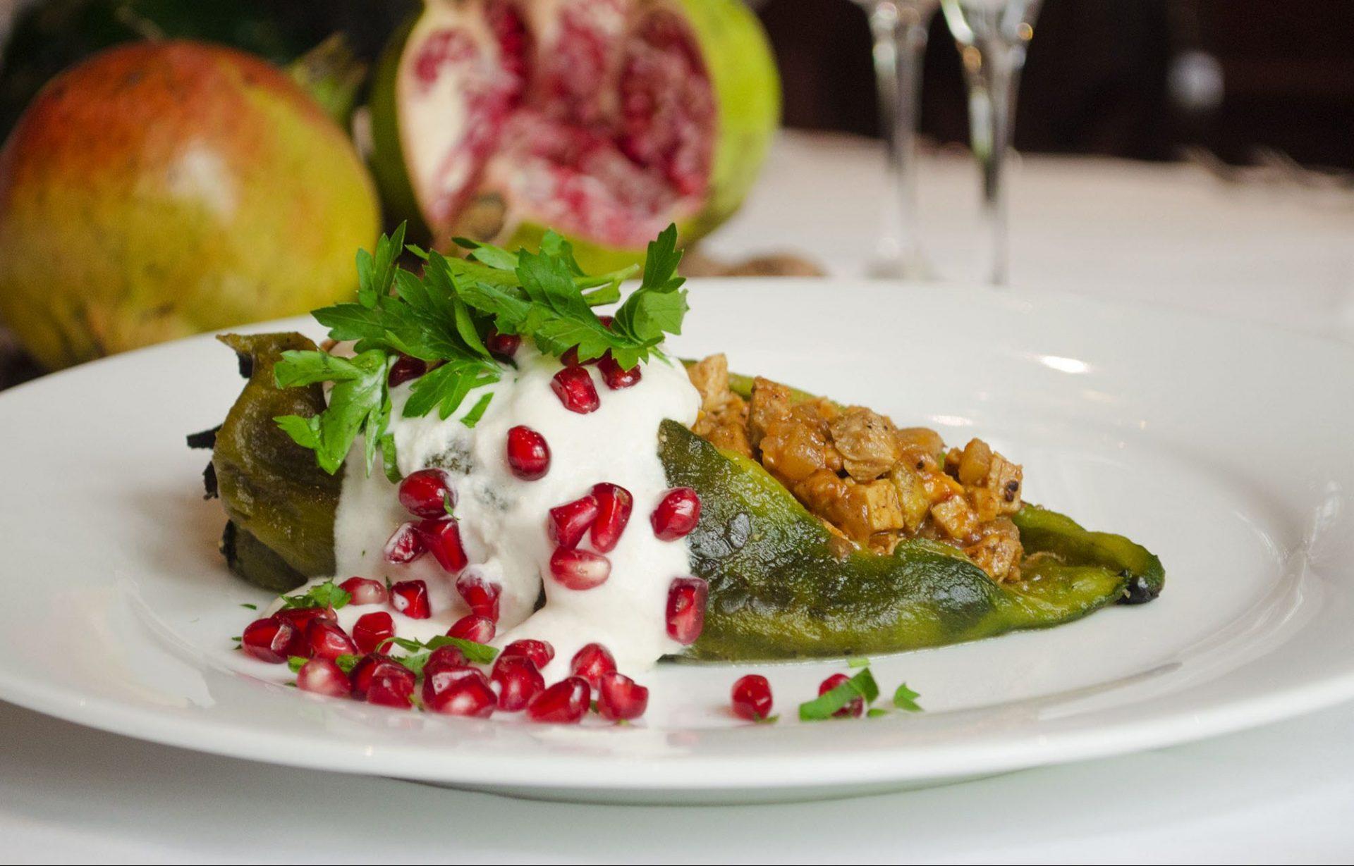 La Taberna del León presenta su menú patrio