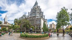 Seis lugares imperdibles de Medellín