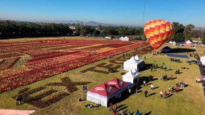 Festival del Globo entre nochebuenas en Teotihuacán