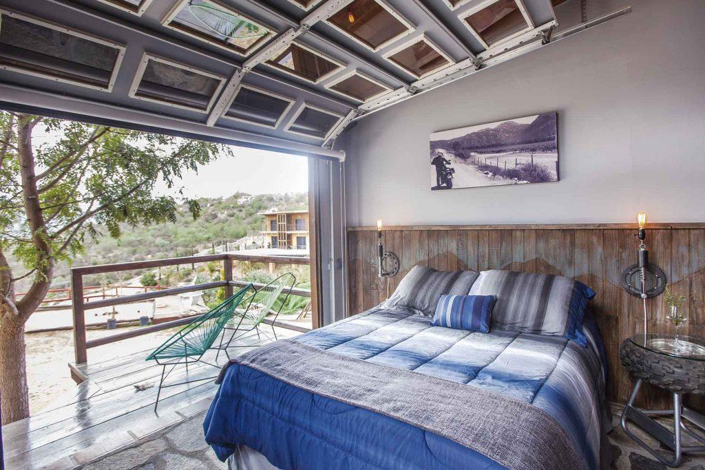 Hotel Las Minas Doors & Bed