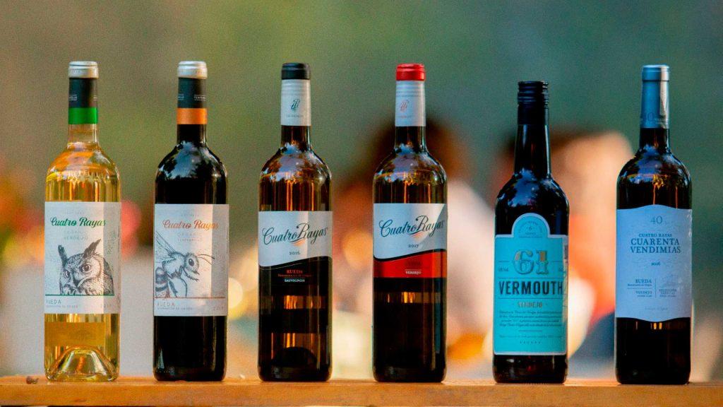 Bodega Cuatro Rayas presenta Vermouth 61