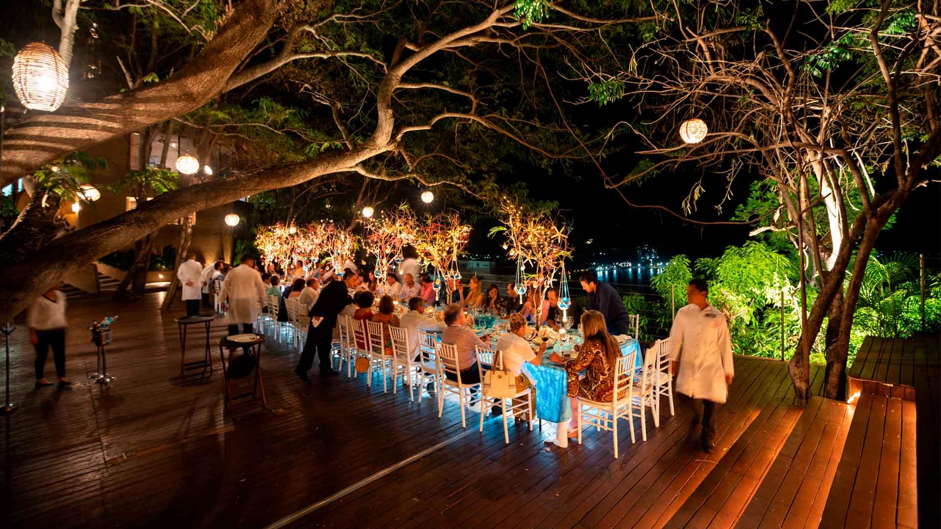 Cena con sabor a Acapulco en Zibu