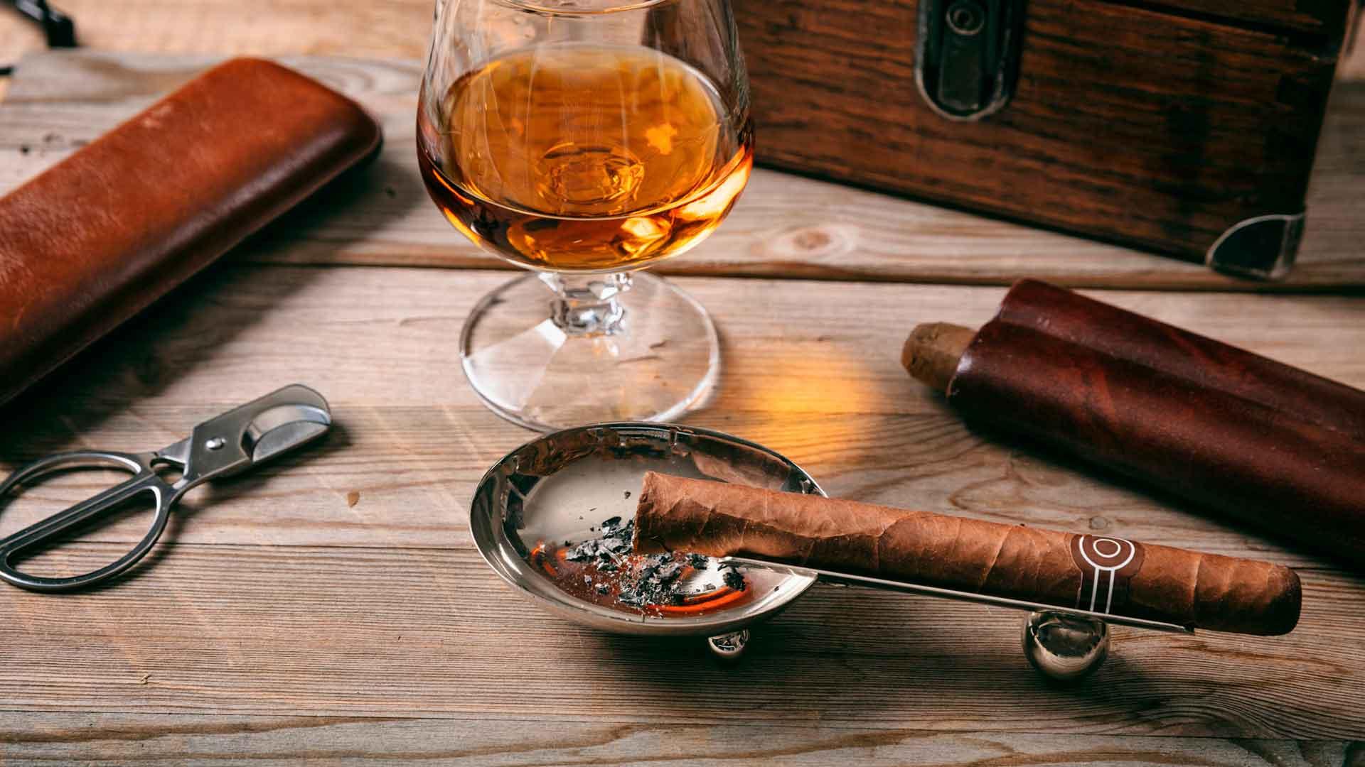 Cigar bars para consentir a papá