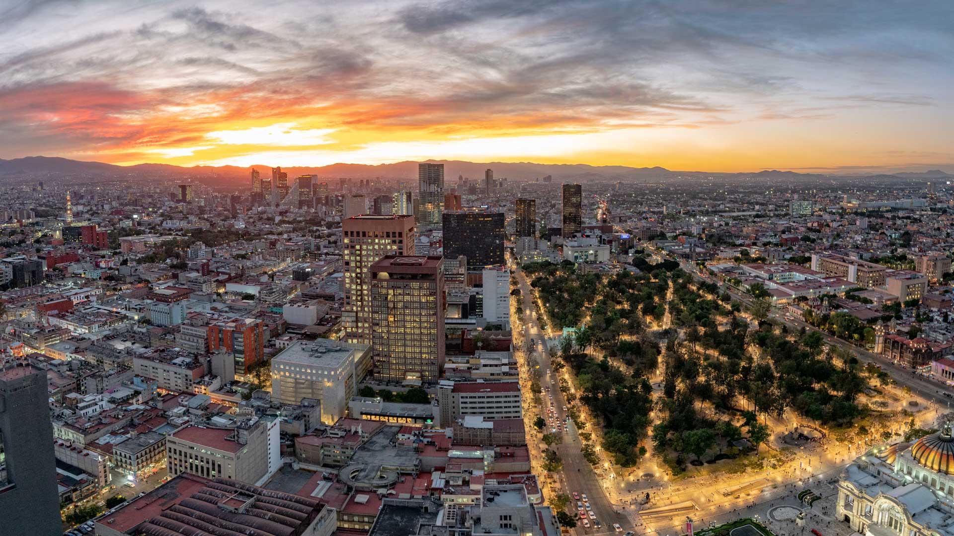 Amanecer Monumental: una experiencia en la ciudad