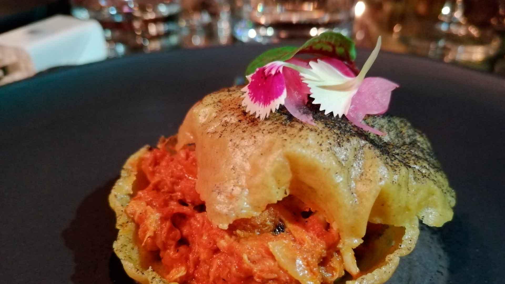 Chef Carlos Gaytán abre el restaurante Tzuco en Chicago