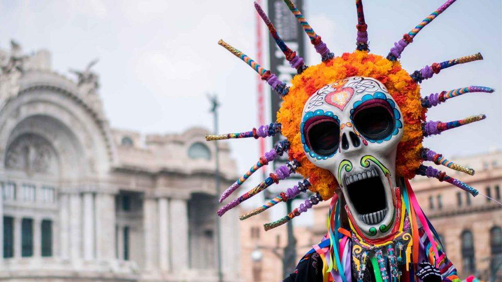 15 coloridos recuerdos del Desfile Internacional del Día de Muertos