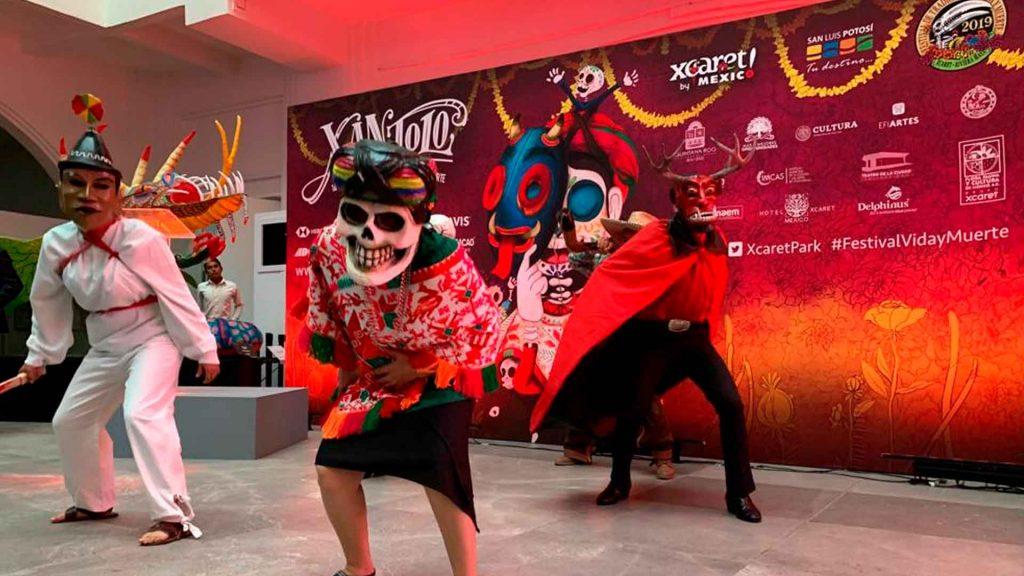 Xantolo: Festival de Tradiciones de Vida y Muerte