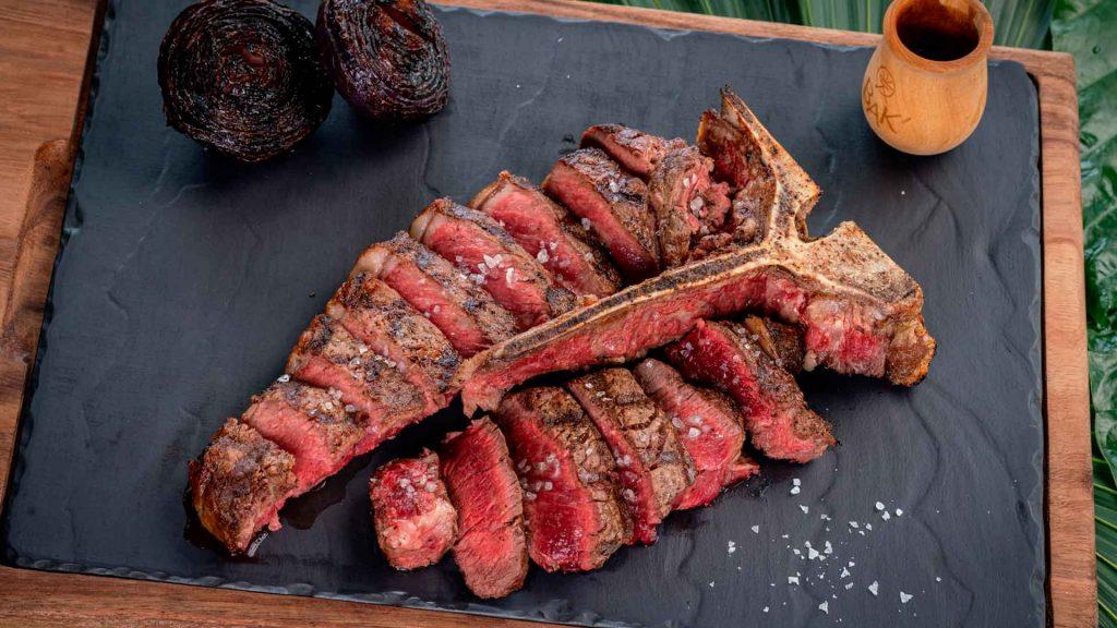 Bak' Prime Steakhouse & Raw Bar, lleva los mejores cortes de carne a Tulum