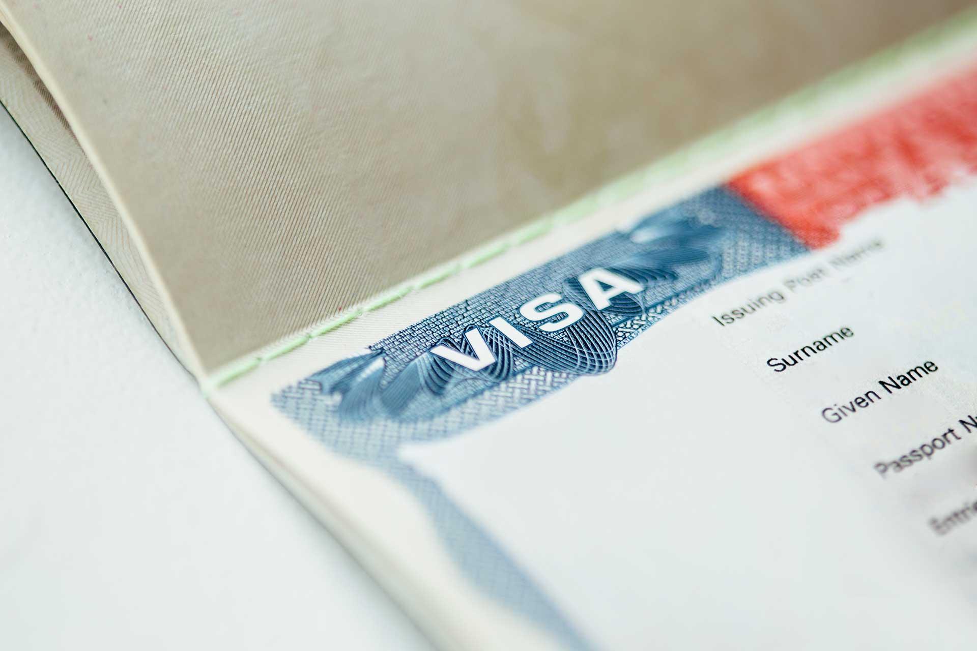 Costos pasaporte y visa