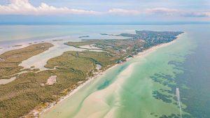 Holbox pierde más de 53 hectáreas de áreas protegidas