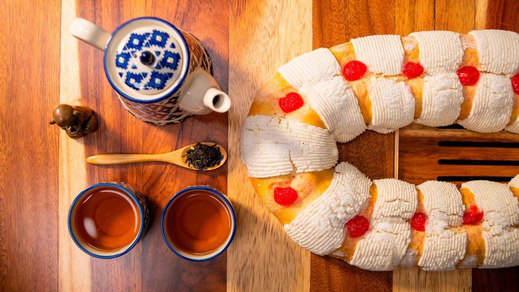 La Rosca de Reyes se disfruta mejor con té