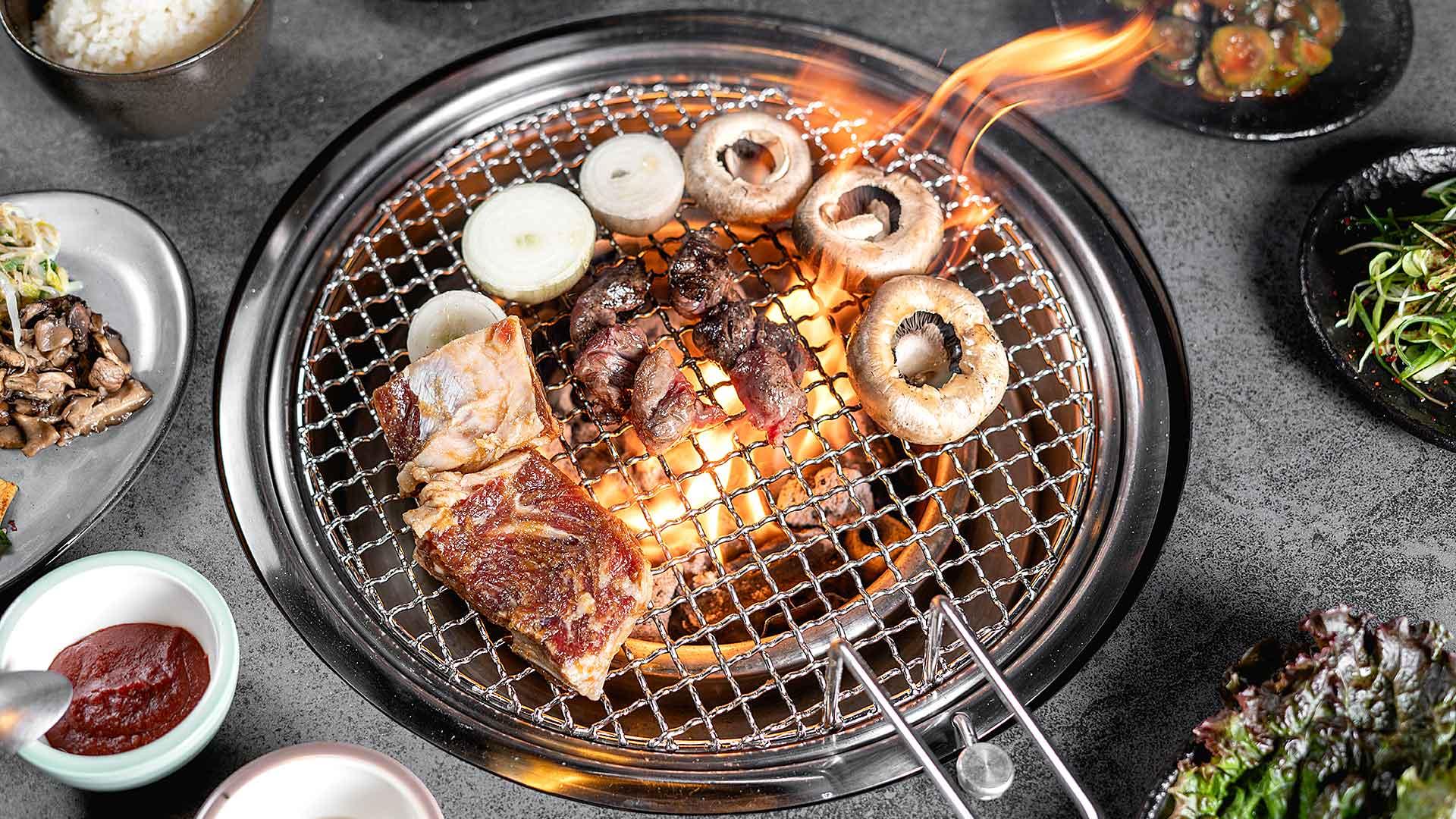Disfruta de una parrilla coreana en el nuevo Hoon Korean BBQ