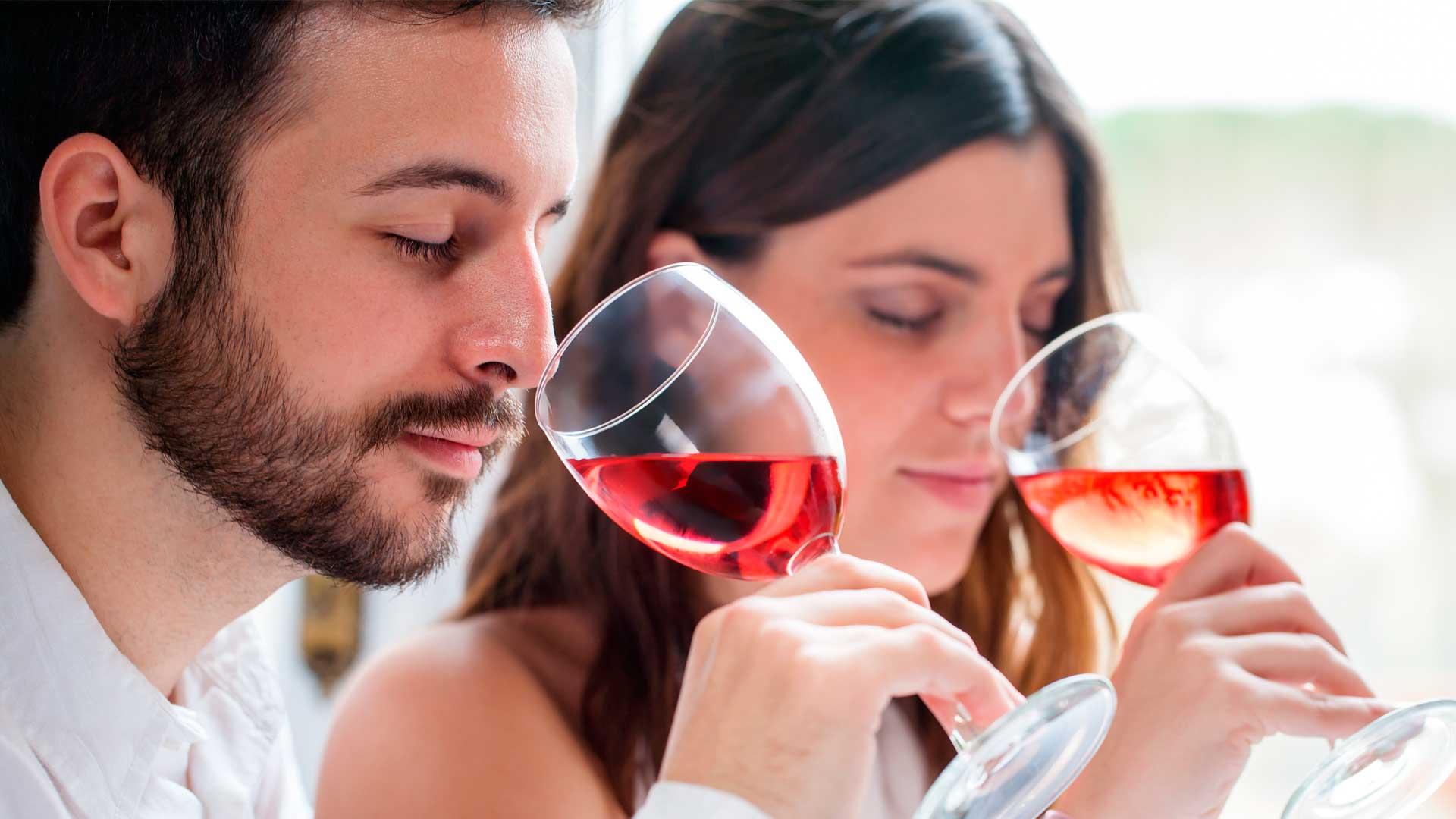 3 catas virtuales de ron, vino y whisky