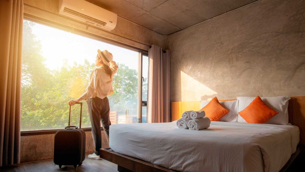¿Cómo operan los hoteles ante el COVID-19?