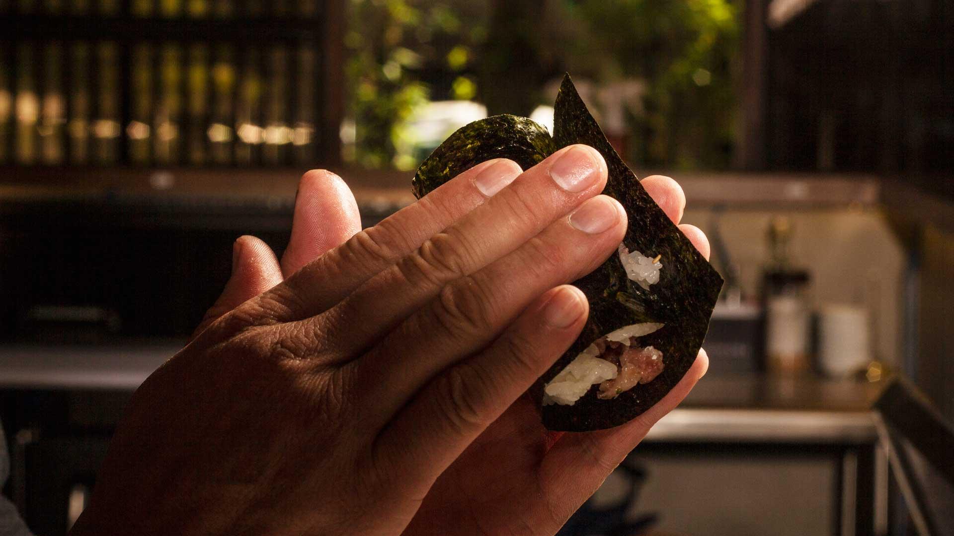 Restaurante San-tō: el arte de comer con las manos