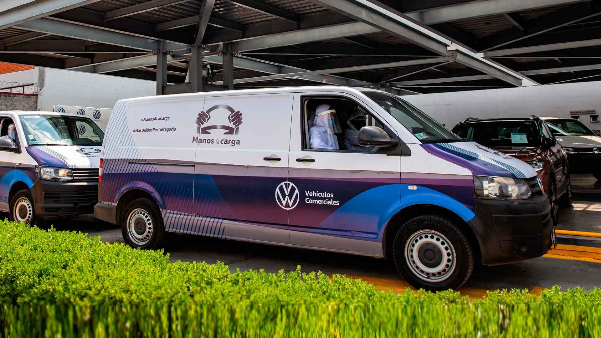 Volkswagen pone «Manos a la carga» para sanitizar la Central de Abasto