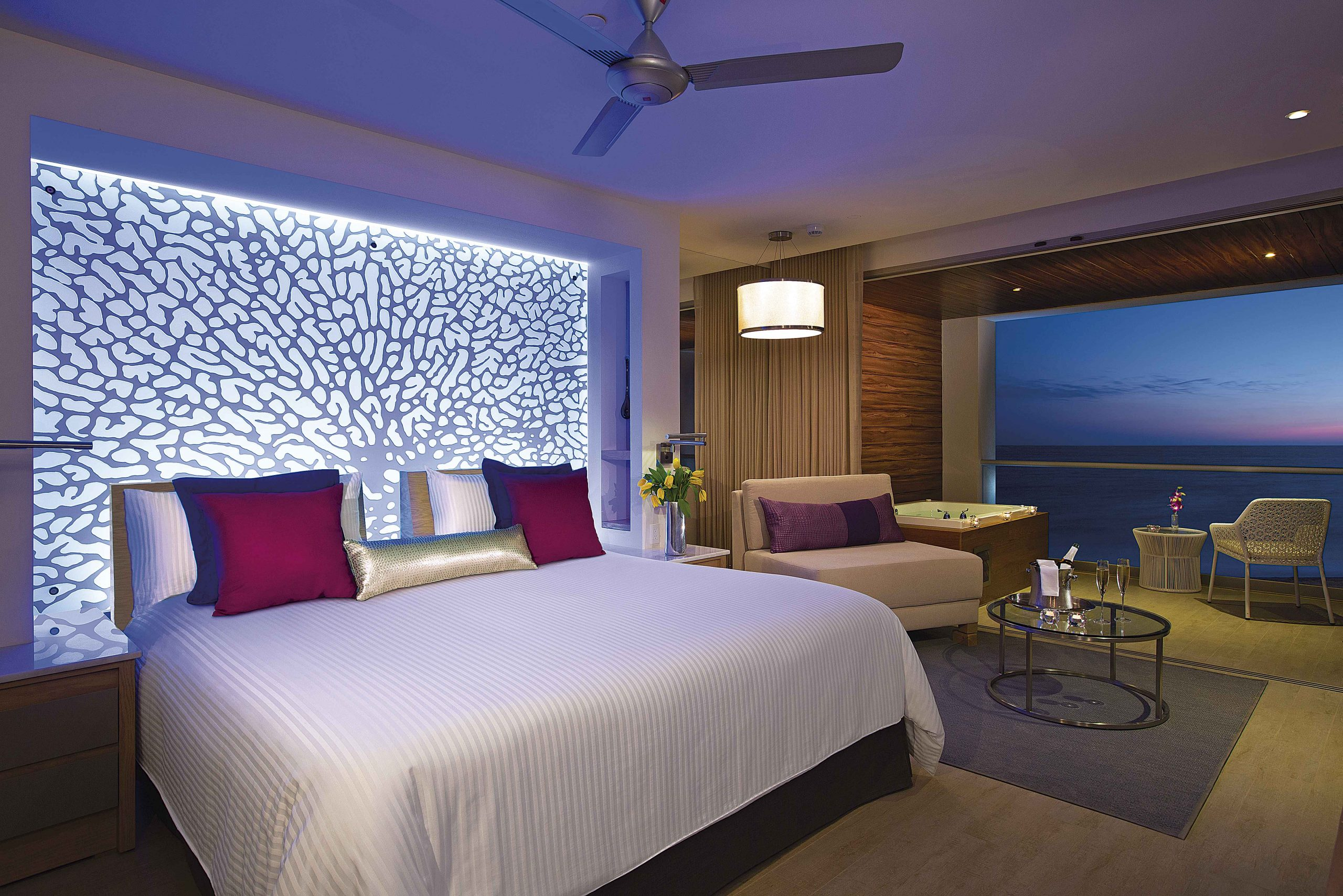 Brethless Riviera Cancún rooms